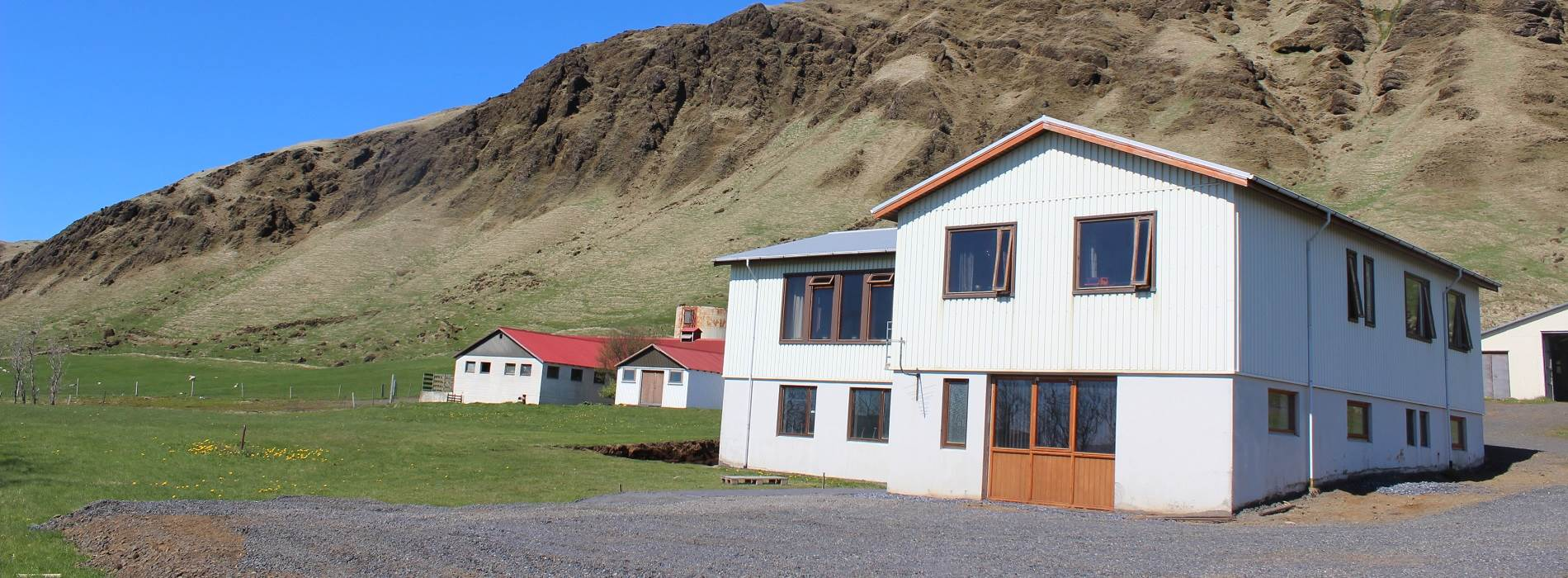 Skammidalur Guesthouse